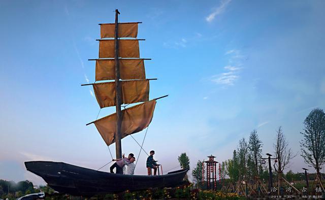 """一座在""""泰坦尼克号""""上的江西古镇,你去过吗?"""