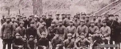 开国中将,有着三个方面军传奇,富田事变中因力挺毛泽东险些被杀